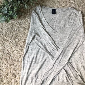 GAP Light Sweater, Peppered Color. Size Medium